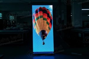 P2.5 Poster Semi-Outdoor LED Display Screen to Japan