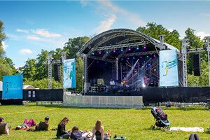 led screen for events